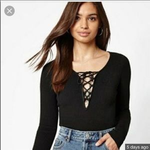 Kendall & Kylie Black ribbed lace up top